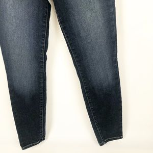 Guess Jeans - Guess Jeans Mid Rise Skinny Denim 27x28